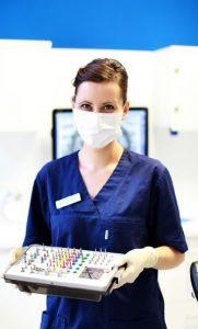 Mitarbeiterin Potsdam Oralchirurgie - Implantate